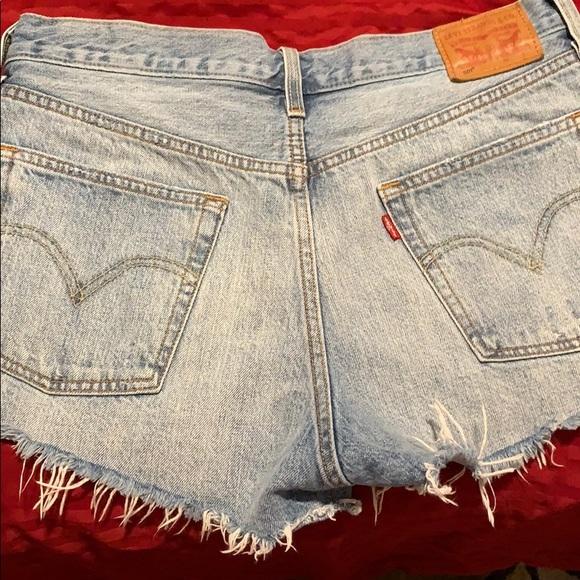 Levi's Pants - Clothes